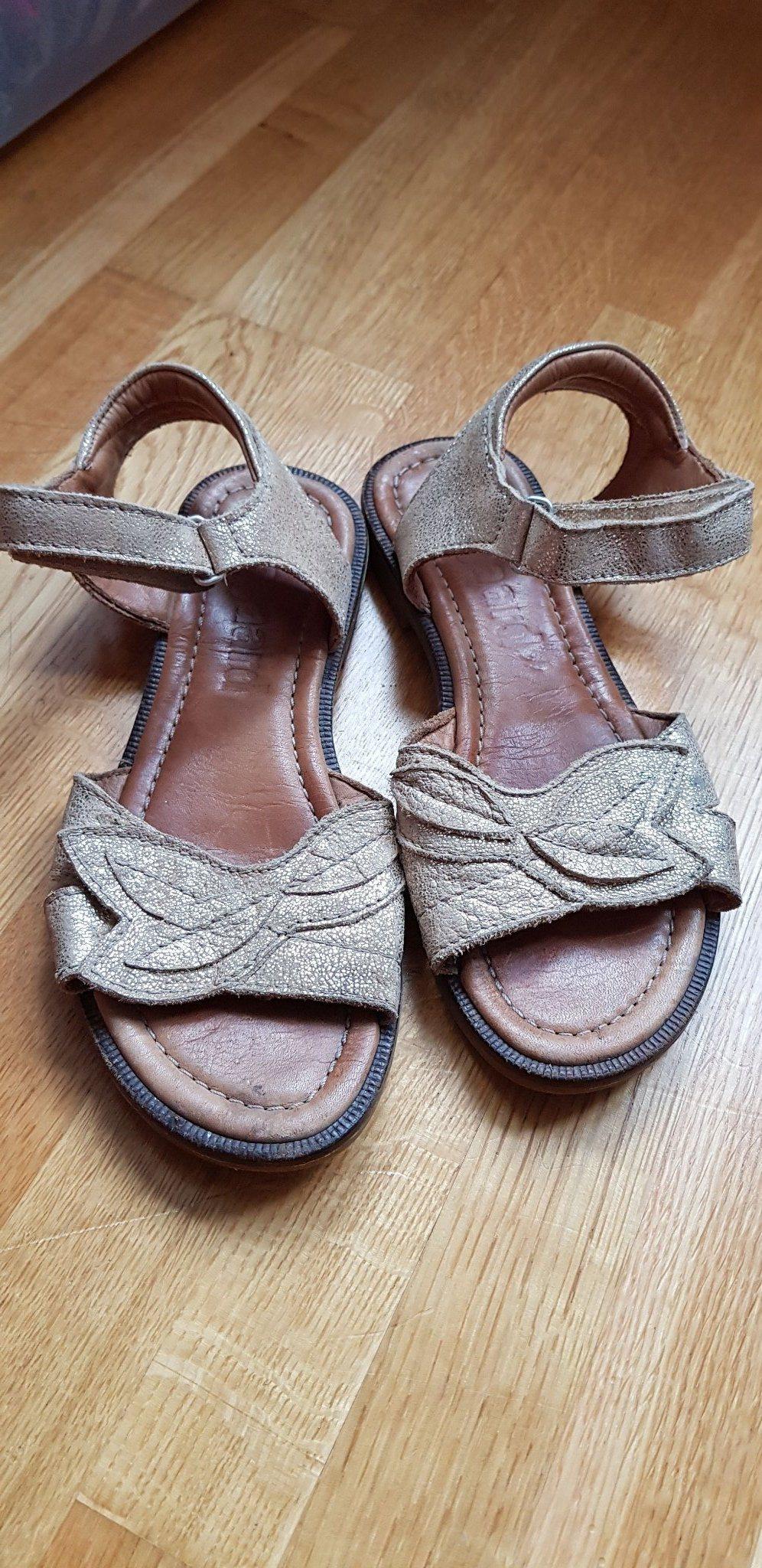 da735ed4ffe Bisgaard sandaler (341774361) ᐈ Köp på Tradera