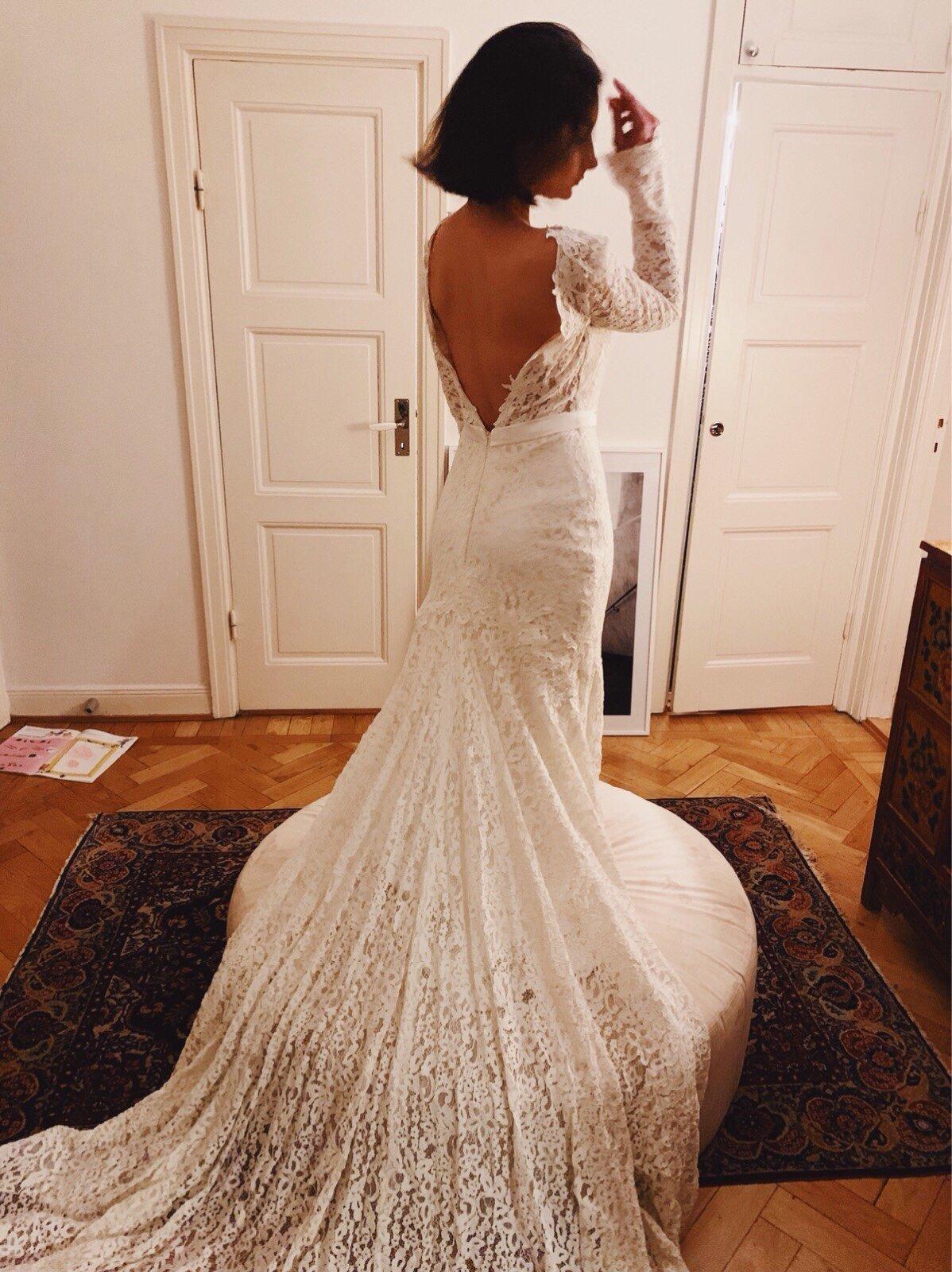 Långärmad brudklänning 2019 Höst | Brudklänning, Brud