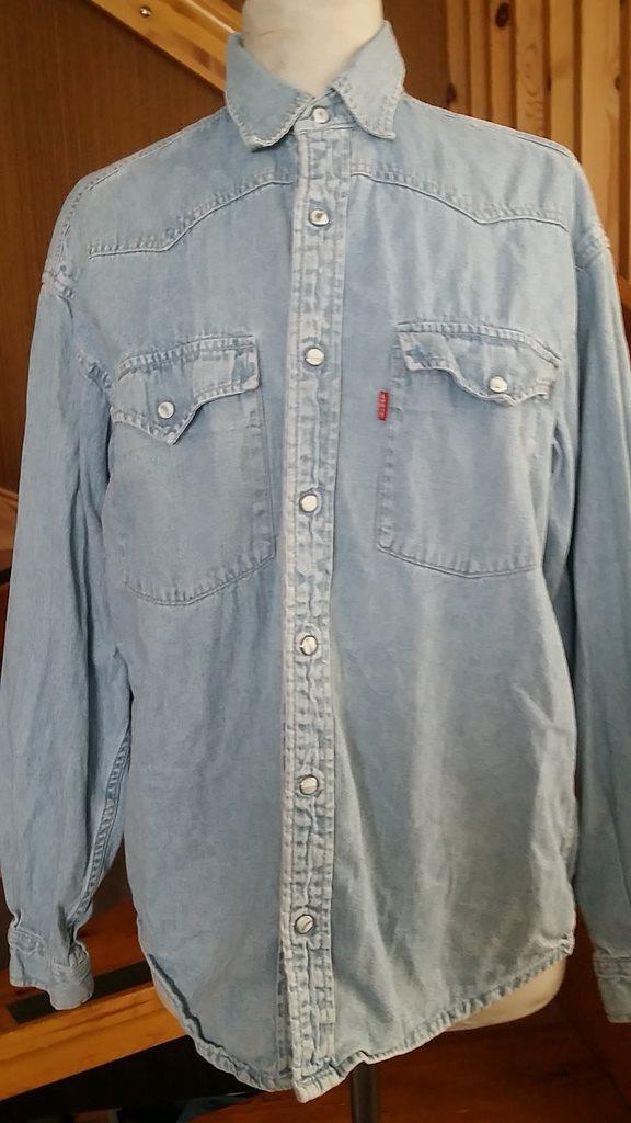90a57f5b7fef skjorta jeansskjorta LEVIS 80-tal UNISEX (306173808) ᐈ Köp på Tradera
