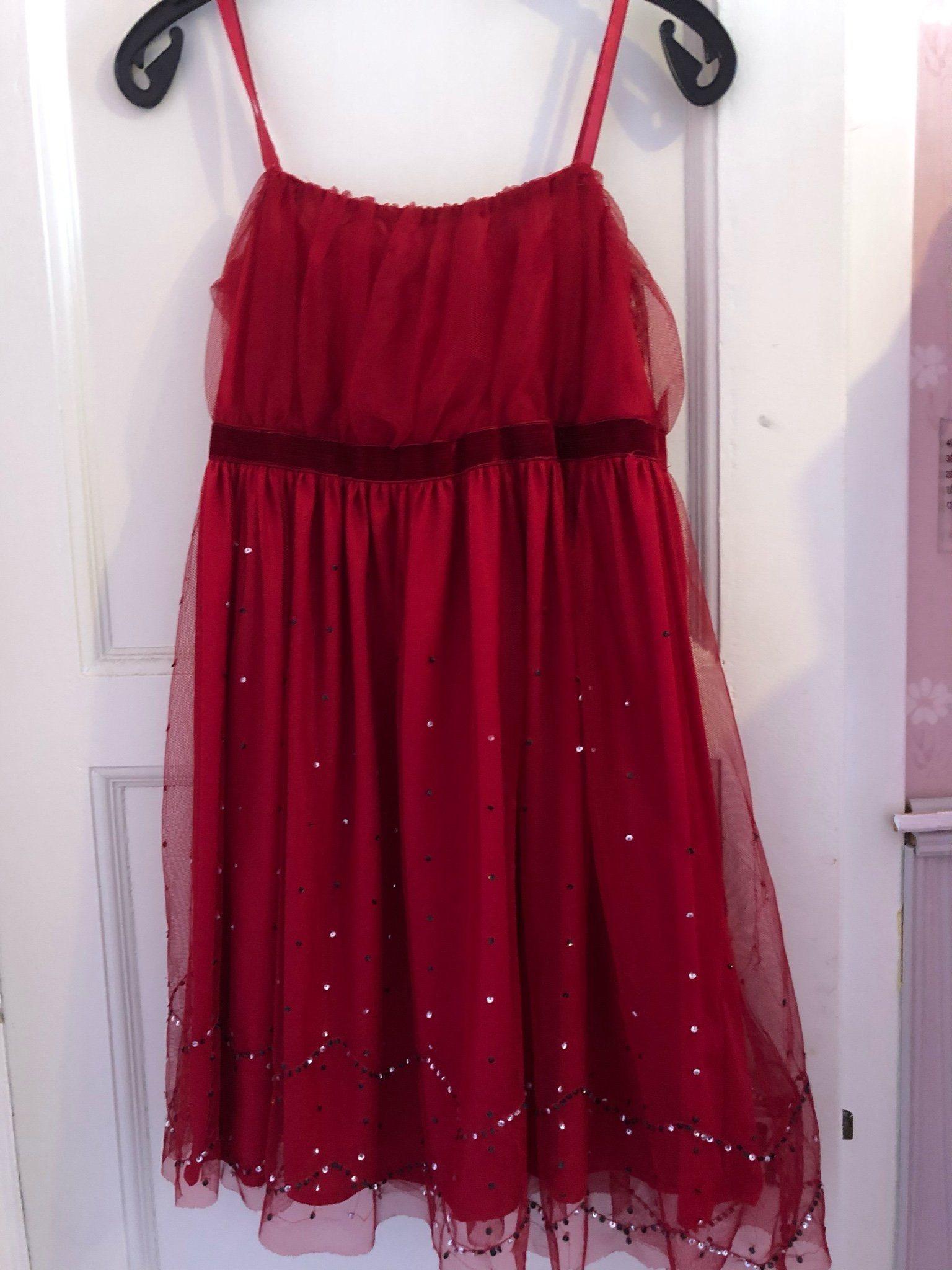 röd fin klänning