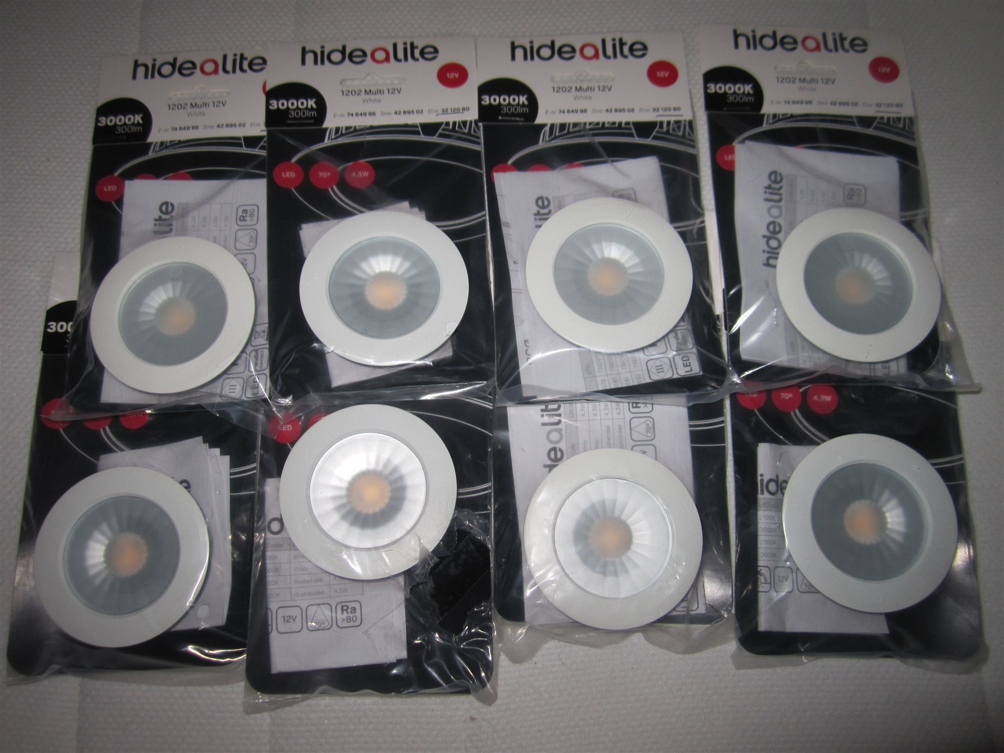 HideAlite 1202 Multi 12 V 3000K, LED Spotlights 8 st. Helt nya