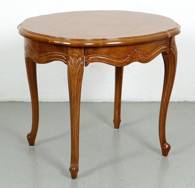 Soffbord i trä Rokoko stil (344787949) u1408 Auktionsbyra på Tradera