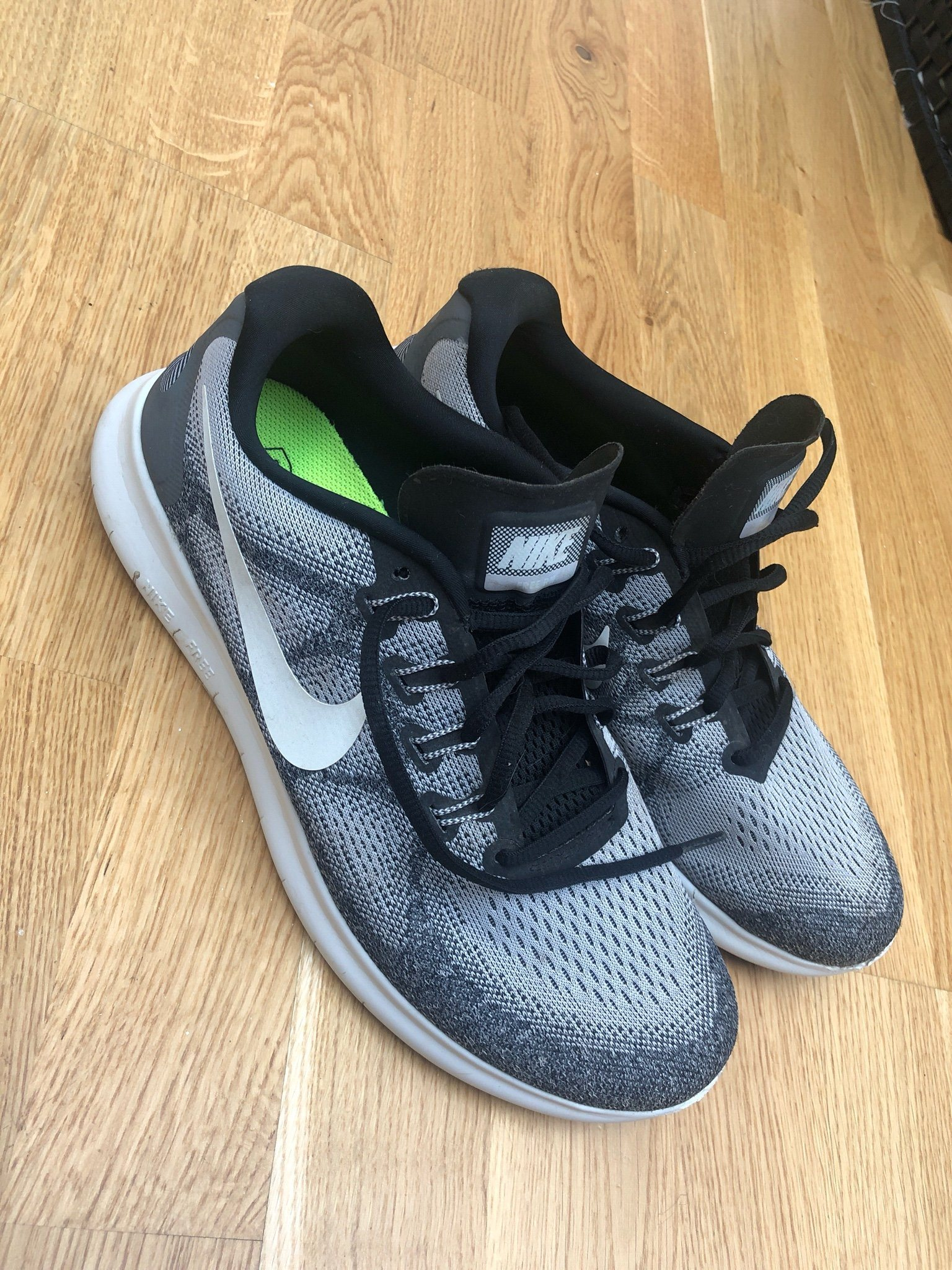 df2d4fe1ee74e Nike Free run 44 grå (341749616) ᐈ Köp på Tradera