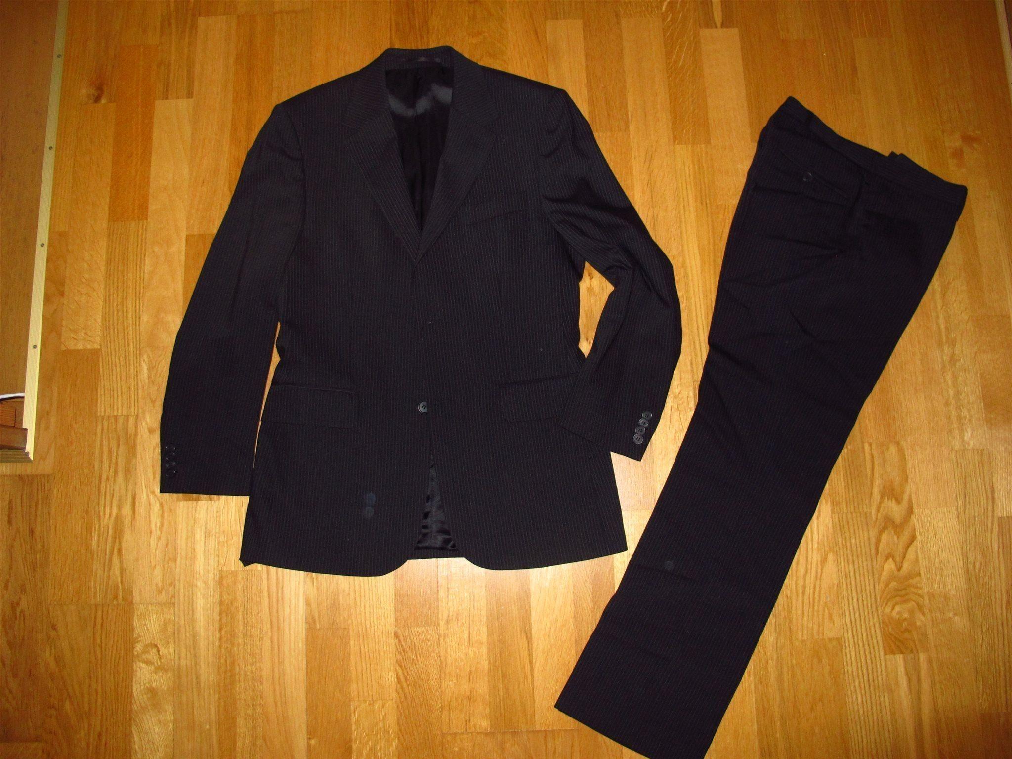 Riley Ullblandnin 46 339880535 Kostym Herr Medium Från vwE7p 6c4582af726c1