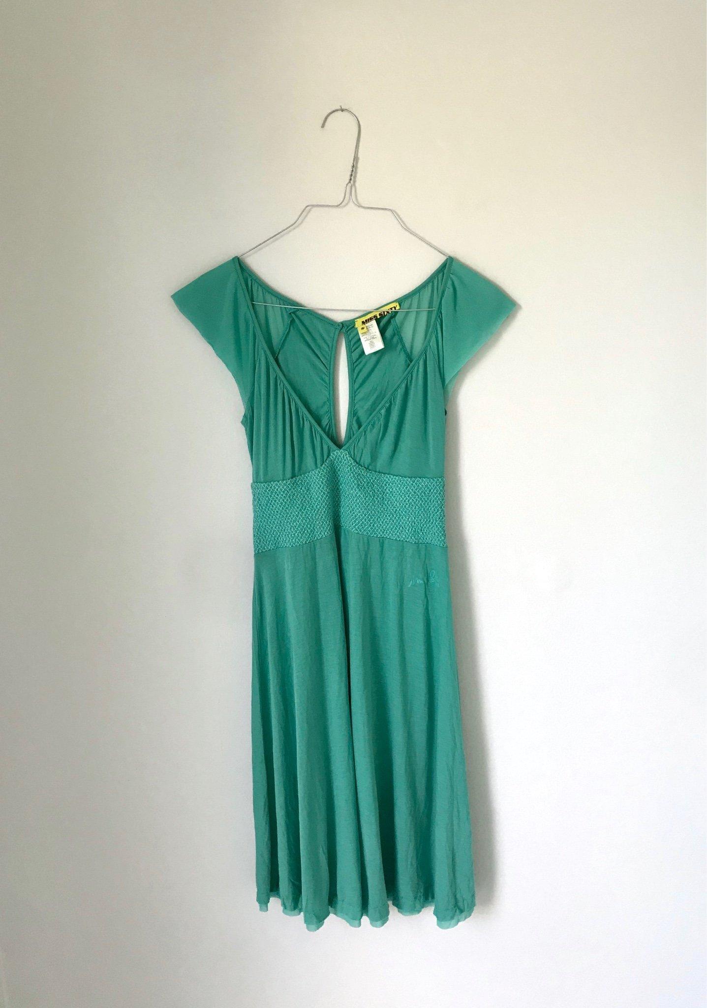 Mintgrön klänning från Miss Sixty storlek S (411356780) ᐈ