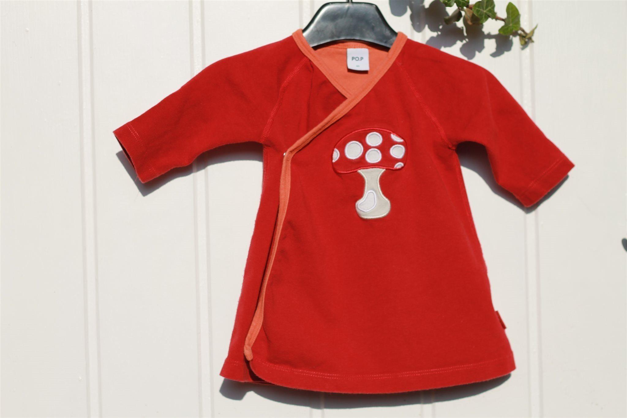 57761d8c3b0a P.o.P Röd omlott baby klänning med svamp motiv.. (347891933) ᐈ Köp ...