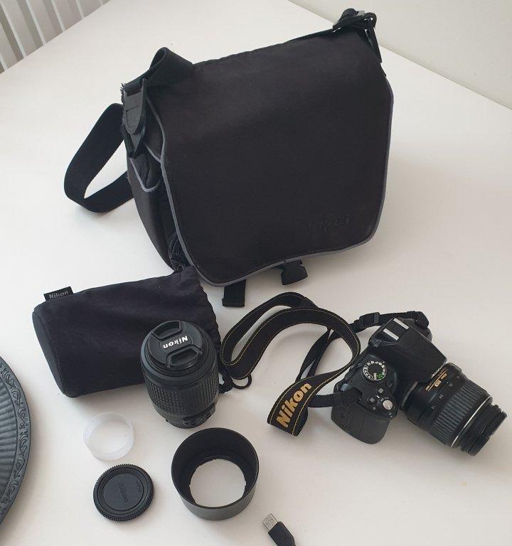 NIKON D3000 2 Objektiv Väska