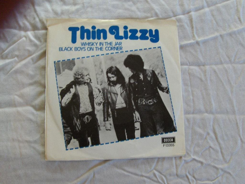 Thin Lizzy  Whisky In The Jar / Black Boys On The Corner