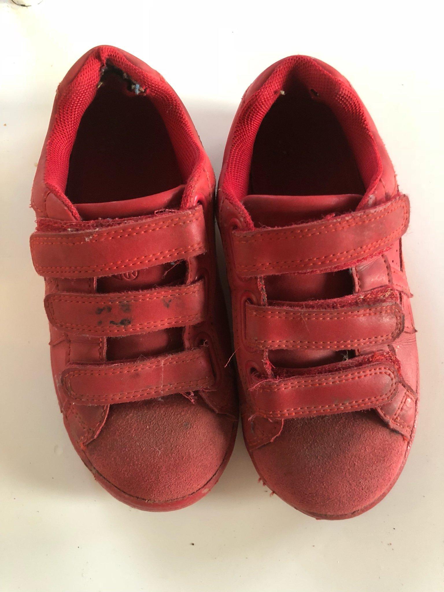 5308cfd845c Röda skor storlek 28 (353538853) ᐈ Köp på Tradera