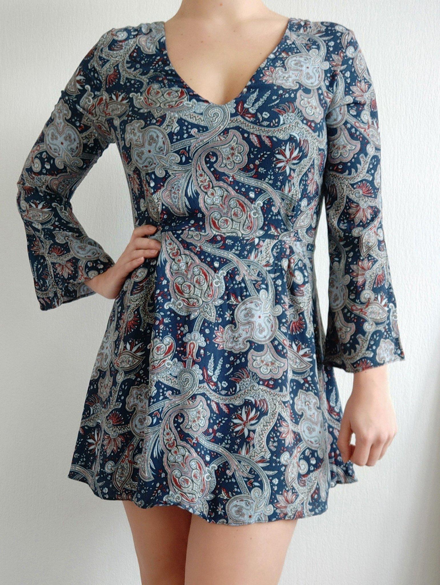 Blå klänningtunika i paisley mönster! (Trend,b.. (406960803