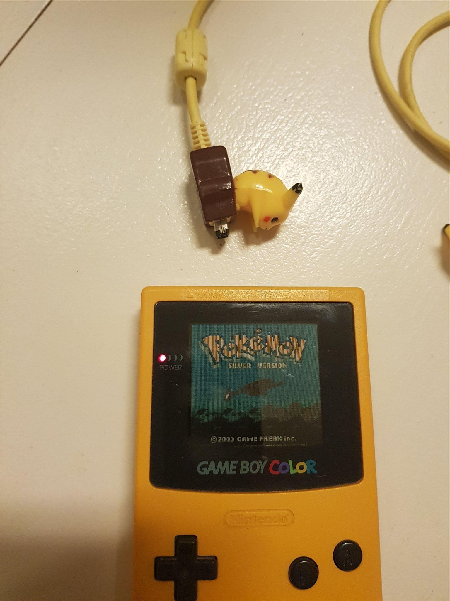 Game boy color kabel - Gameboy Color Pikachu Link Kabel 16 Bes Kare Gameboy Color Pikachu Link Kabel