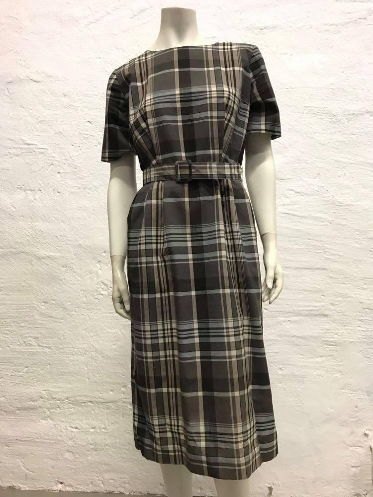 Retrovintage skotskrutig klänning i ter.. (417159581) ᐈ