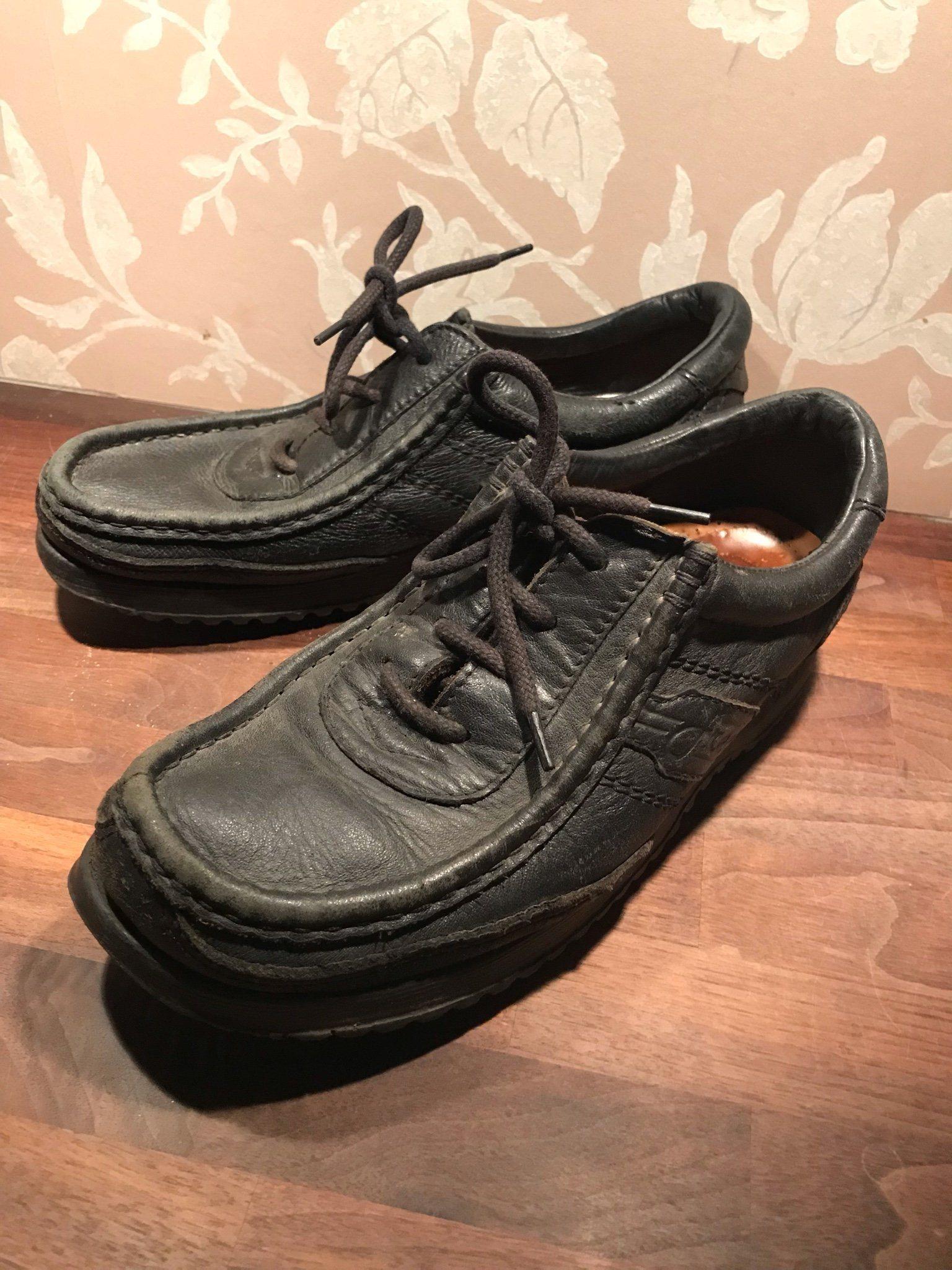 små skor dam
