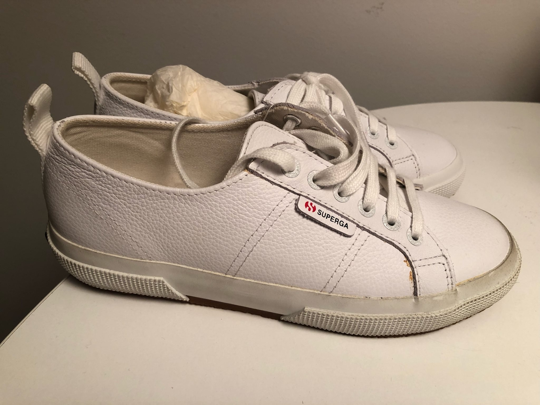 köpa nya skor
