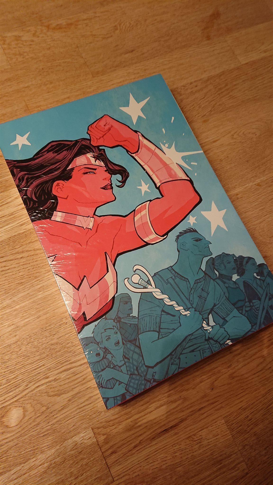 Absolute Wonder Woman. Ny och inplastad.