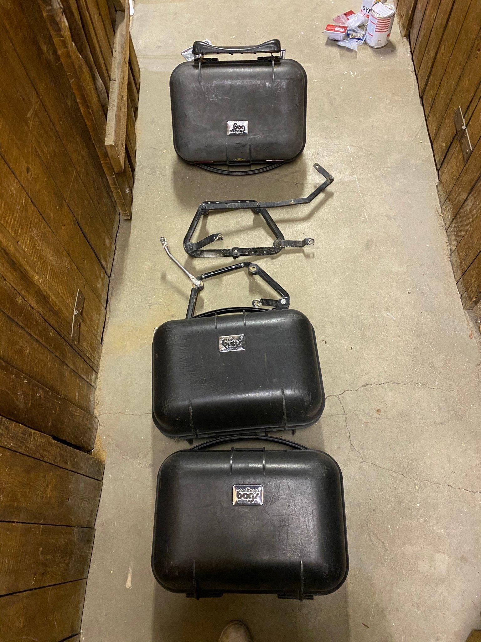 mc väskor packväskor toppbox