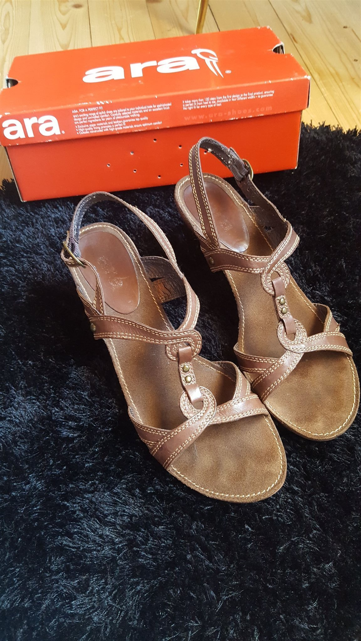 snygga sköna sandaler