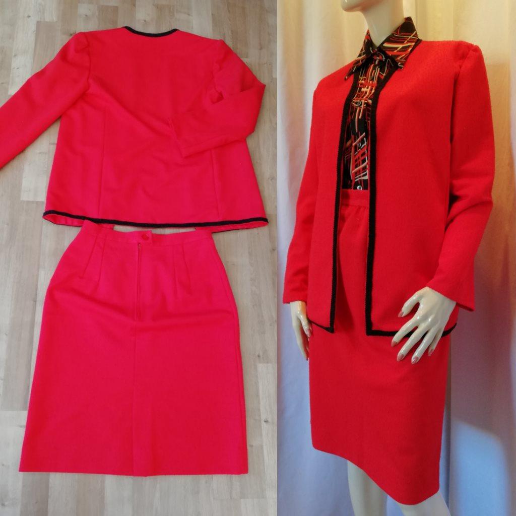 073532341e0b Retro röd dräkt jacka och kjol sva.. (324662060) ᐈ vintagecorner på ...