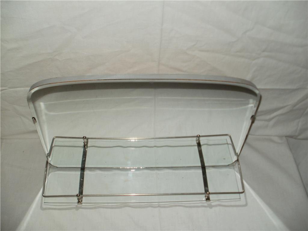 Väggspegel badrum spegel badrumsspegel retro 50 60 tal nos på
