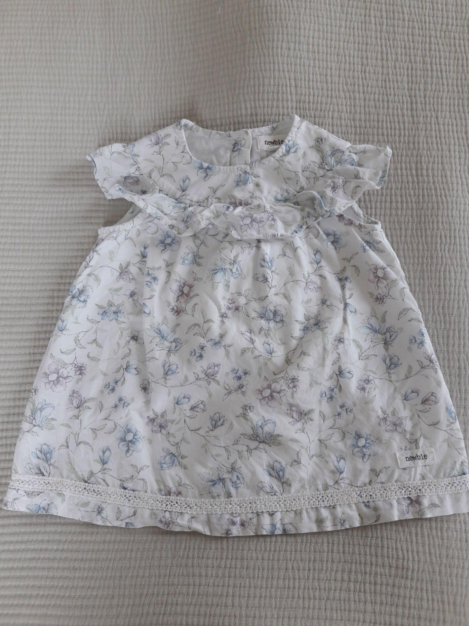a82af604fc2f Newbie ärmlös klänning m. volang och blomster, .. (352019078) ᐈ Köp ...