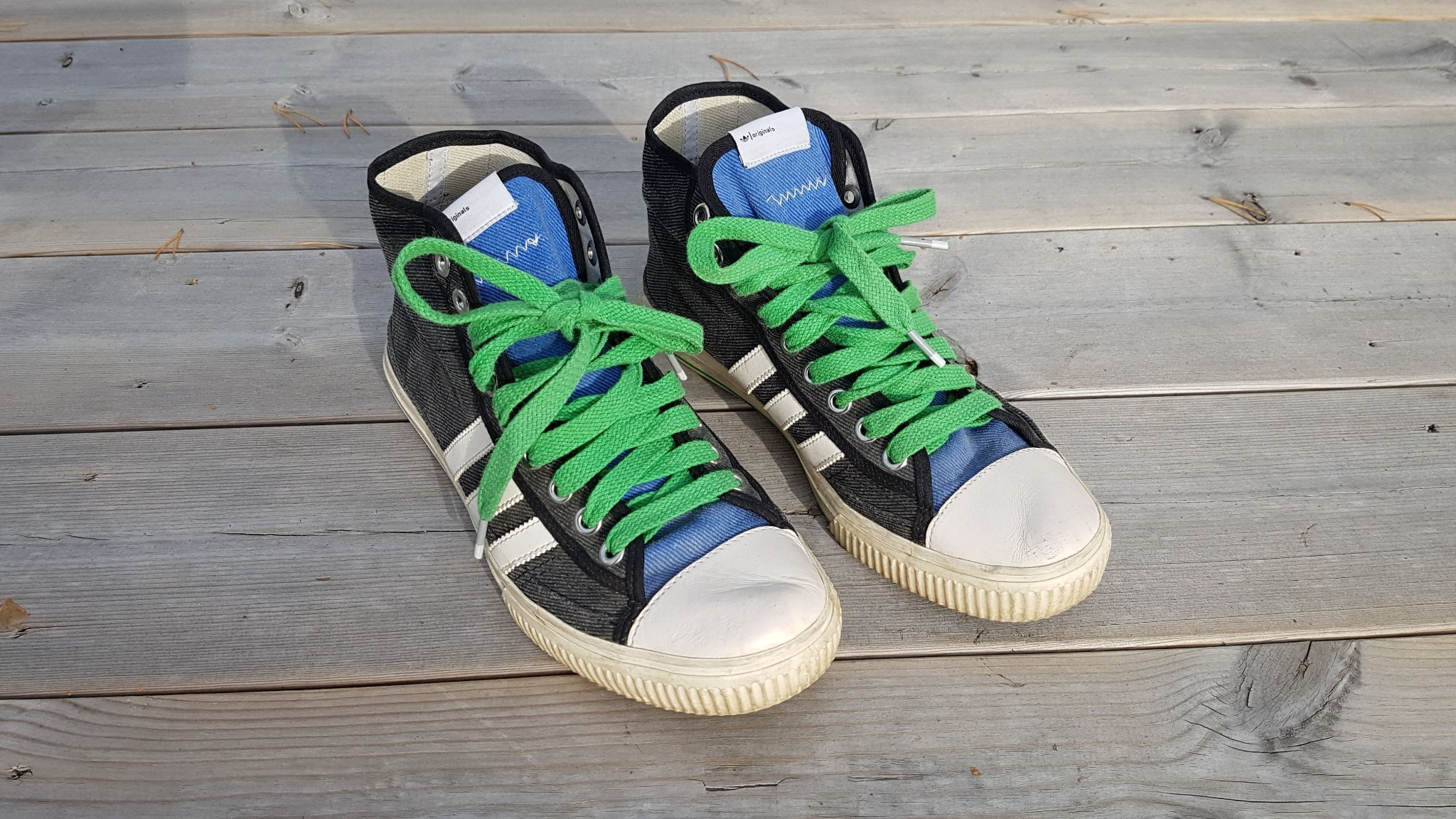 Adidas Originals limited edition sneakers high skor, storlek 41 42.