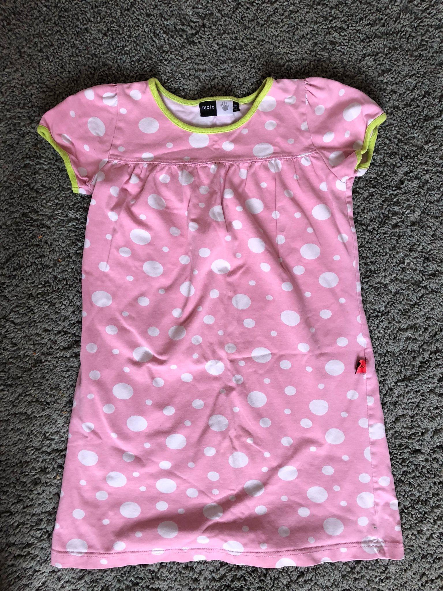 Klänning Molo rosa med vita prickar storlek 110.. (328586668) ᐈ Köp ... 267110252a1dc