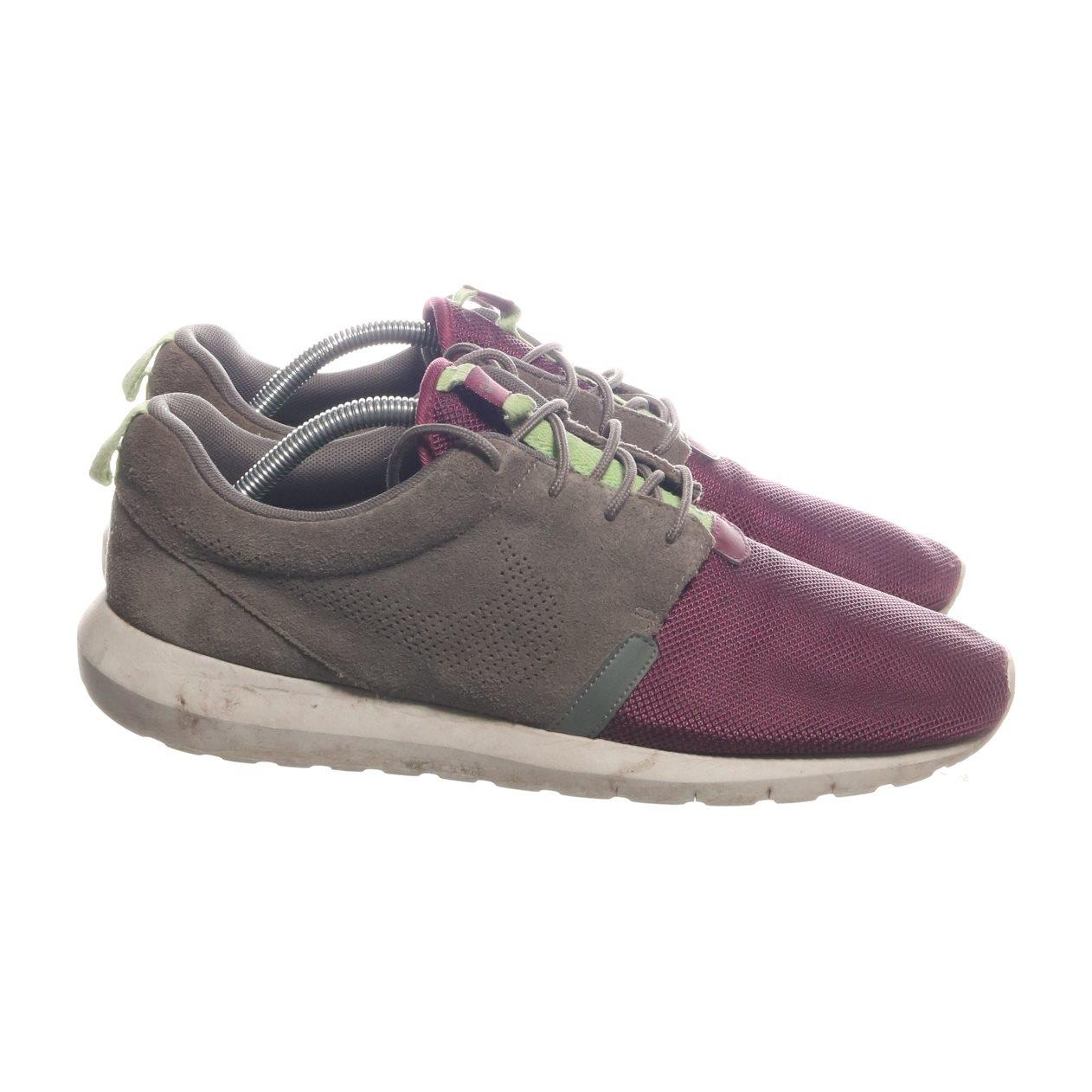 reputable site 9940b 41683 Nike, Sneakers, Strl  44.5, Rosherun NM FB, Grön Lila