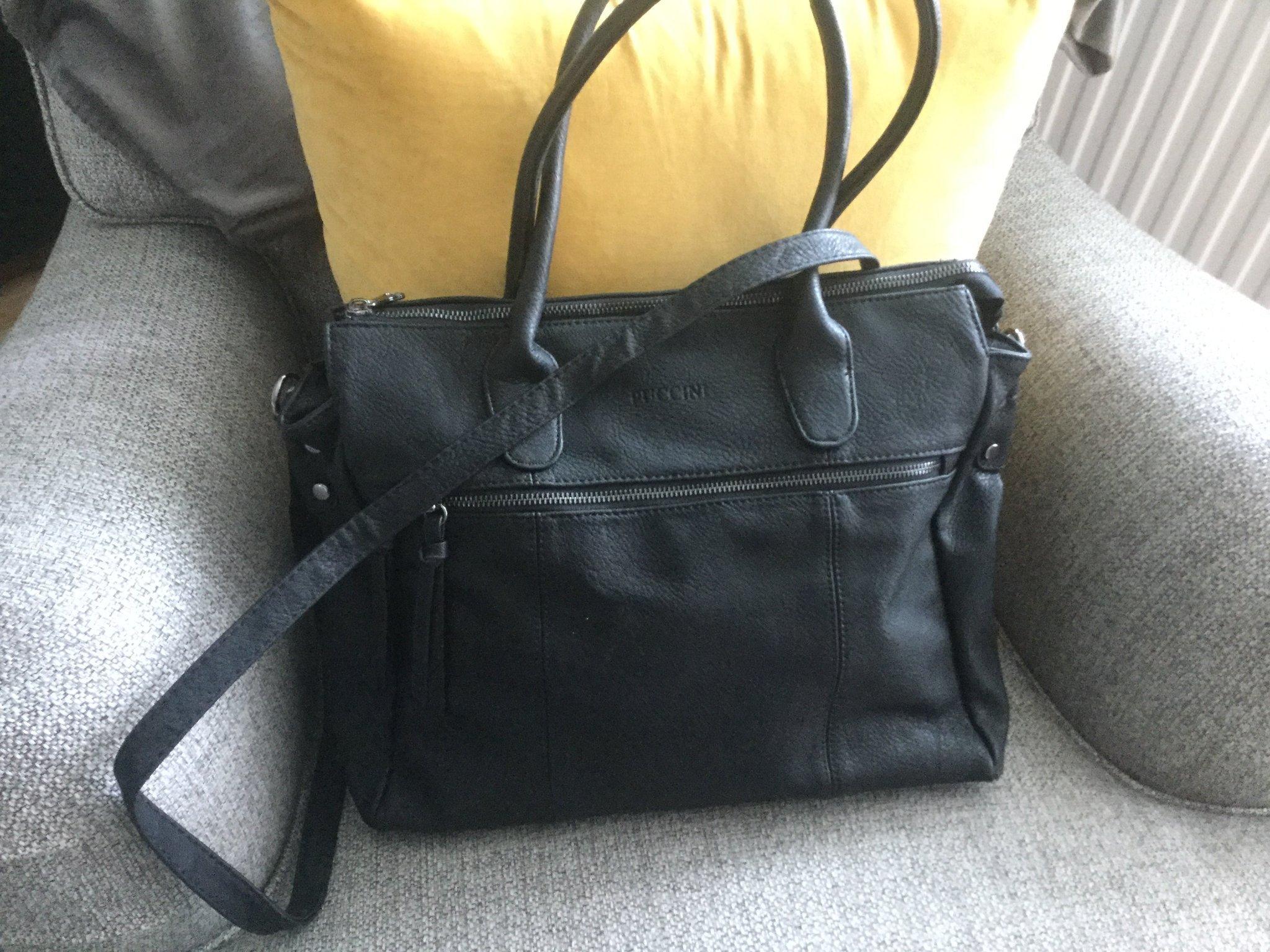 Puccini väska, svart, nyskick!