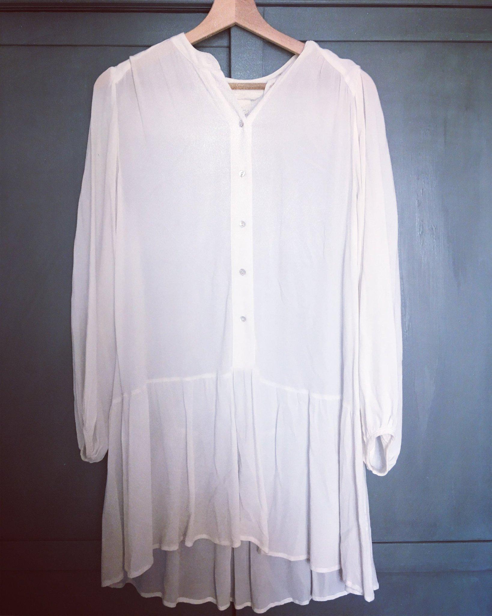 5b8ec55ba084 Vit tunika/klänning i XS (350875783) ᐈ Köp på Tradera