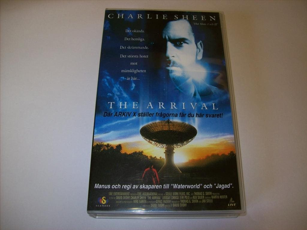 THE ARRIVAL - VHS