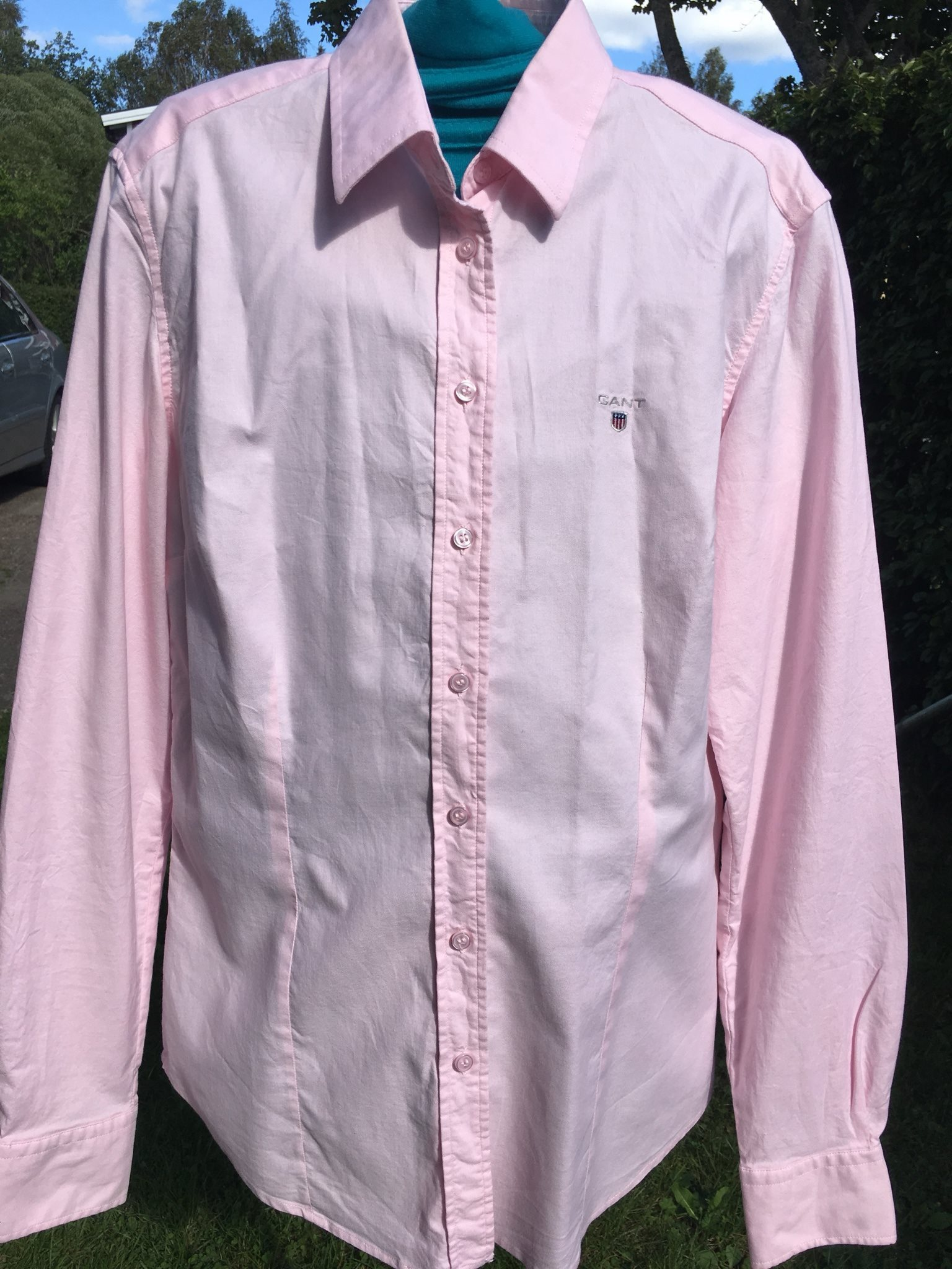 rosa gant skjorta