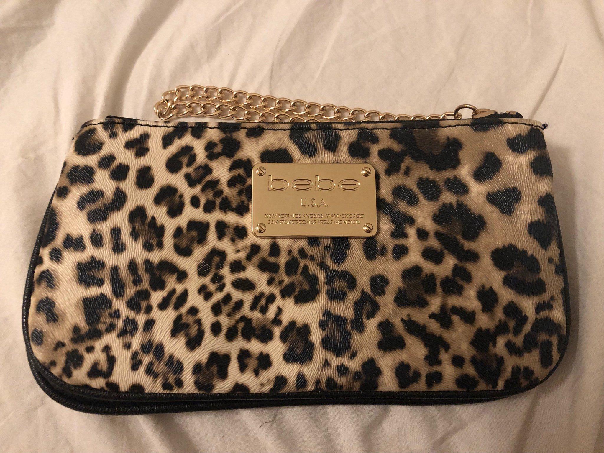 Bebe - leopard - mönstrad - necessär - liten väska - clutch - sminkväska fc4b9ef5784e5
