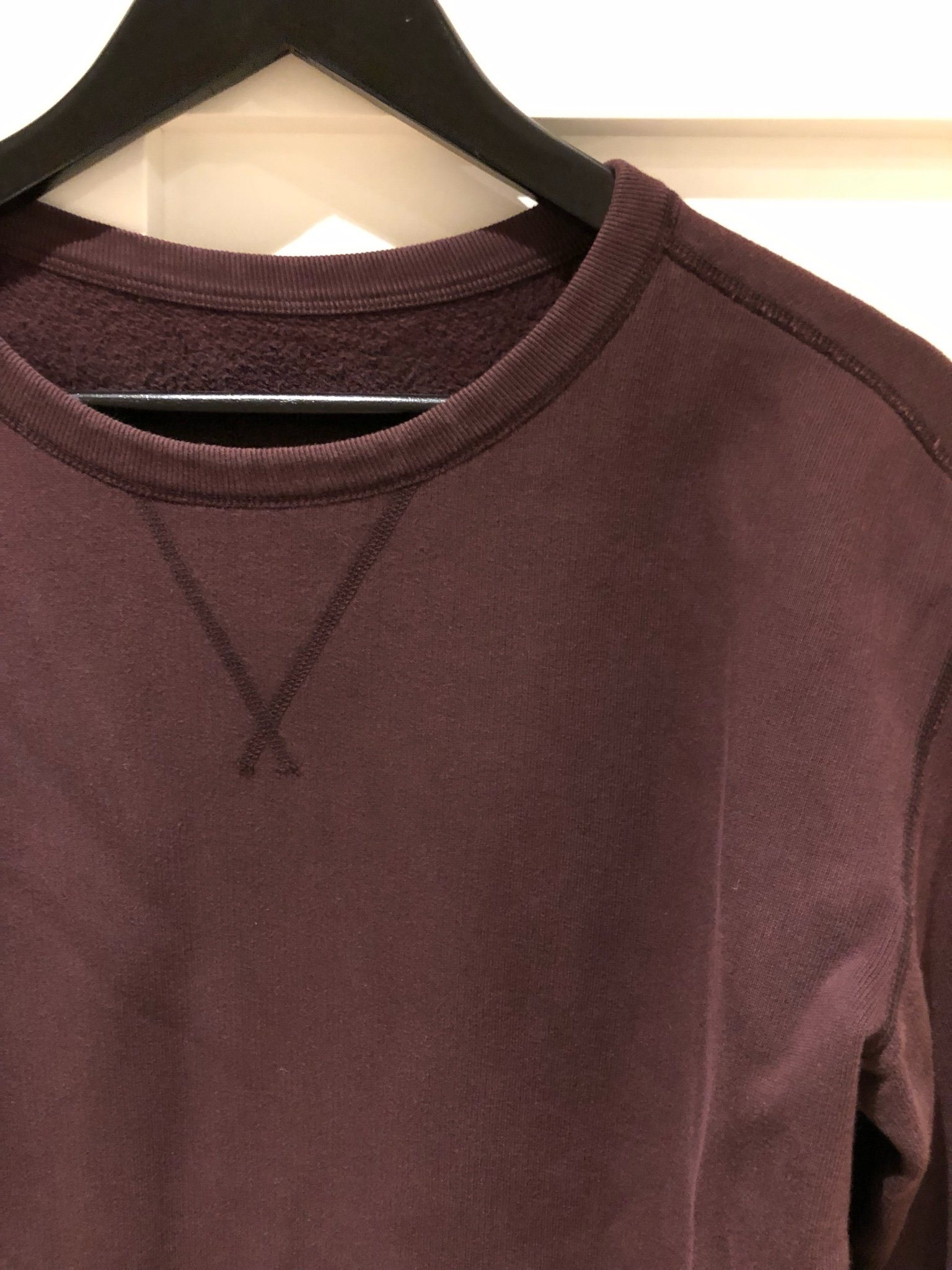 Our Legacy reversibel sweat 100-% cotton size 44 burgundy
