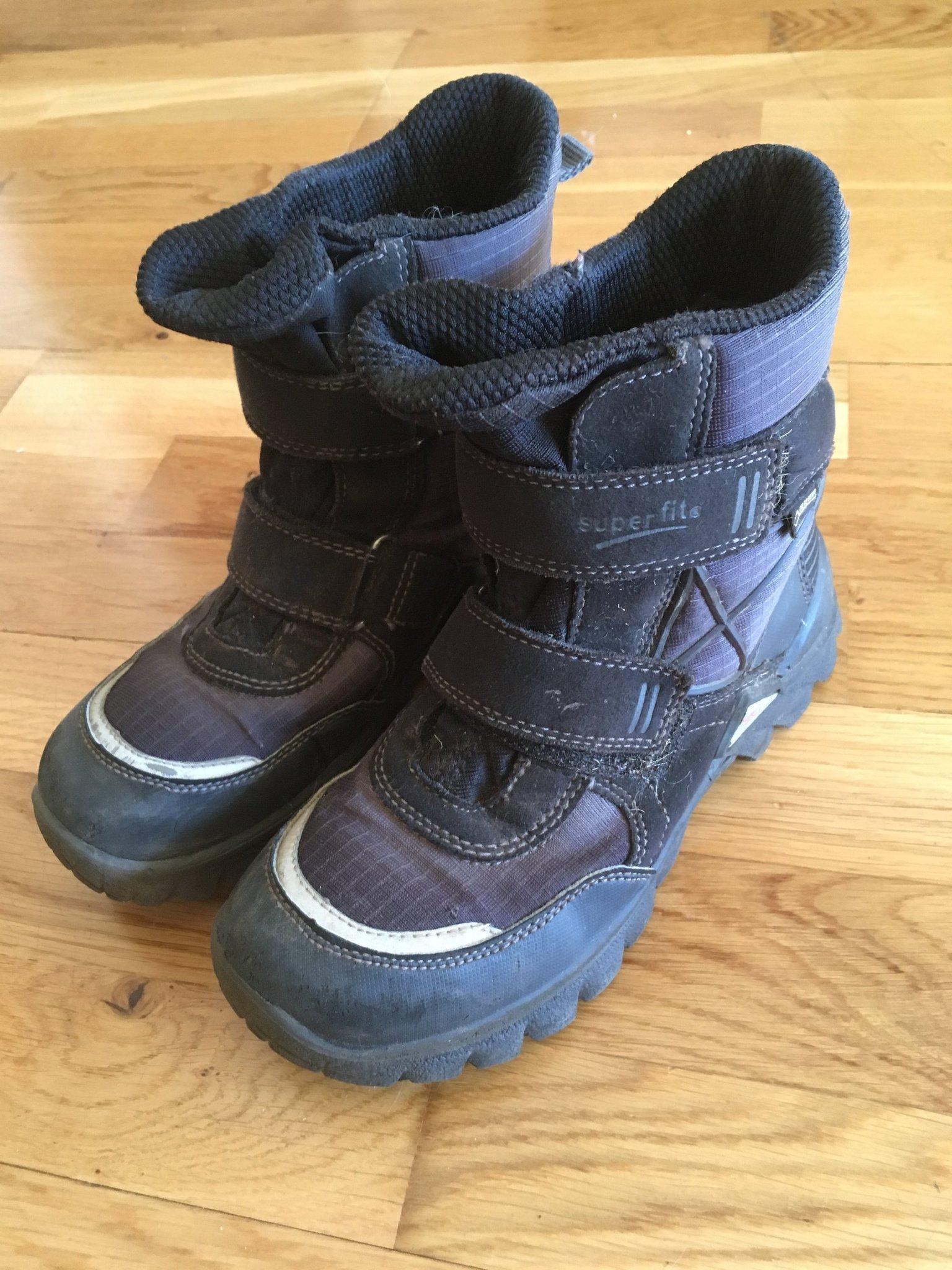 superfit kengät jälleenmyyjät