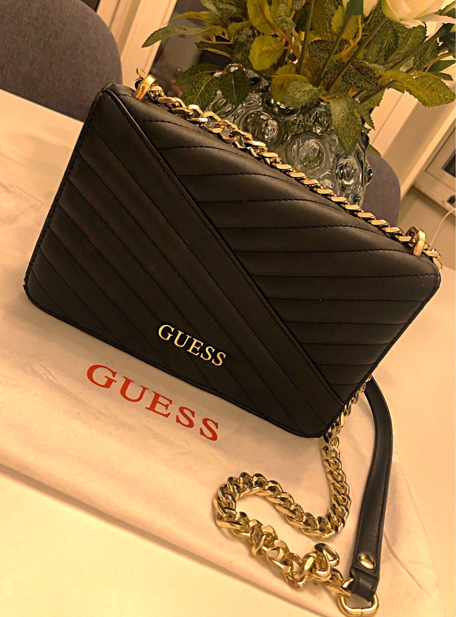 Guess väska (387056069) ᐈ Köp på Tradera