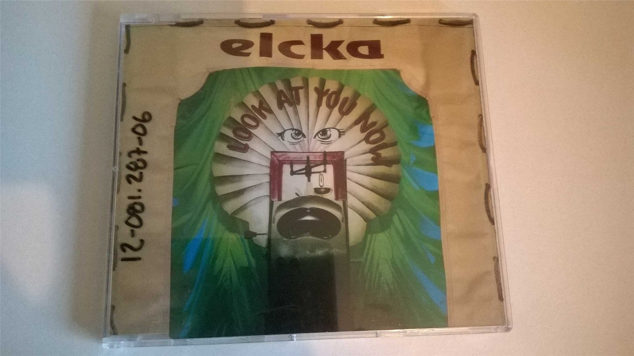 Elcka - Look At You Now, CD