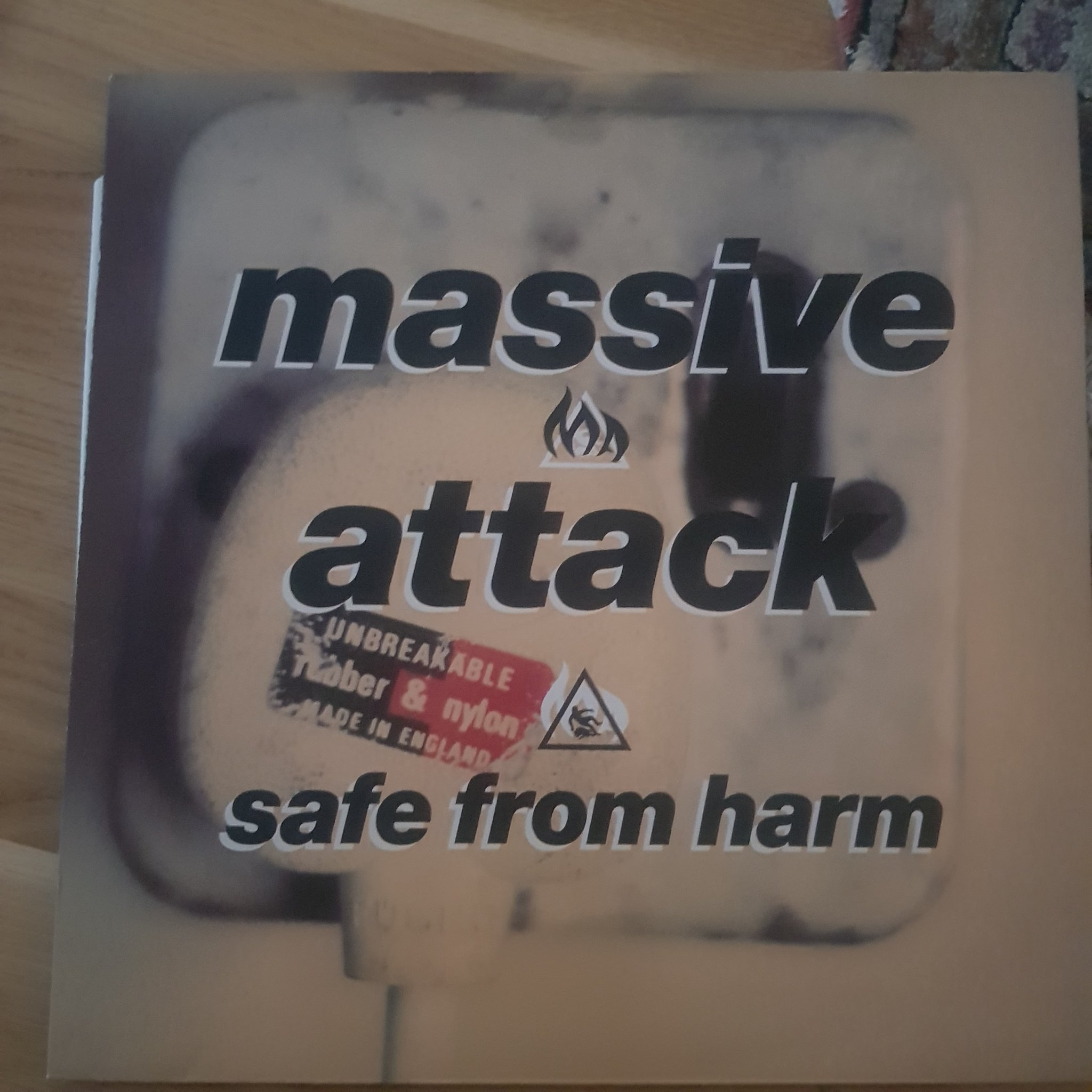 "Massive attack 12""safe from harm""  triphop"