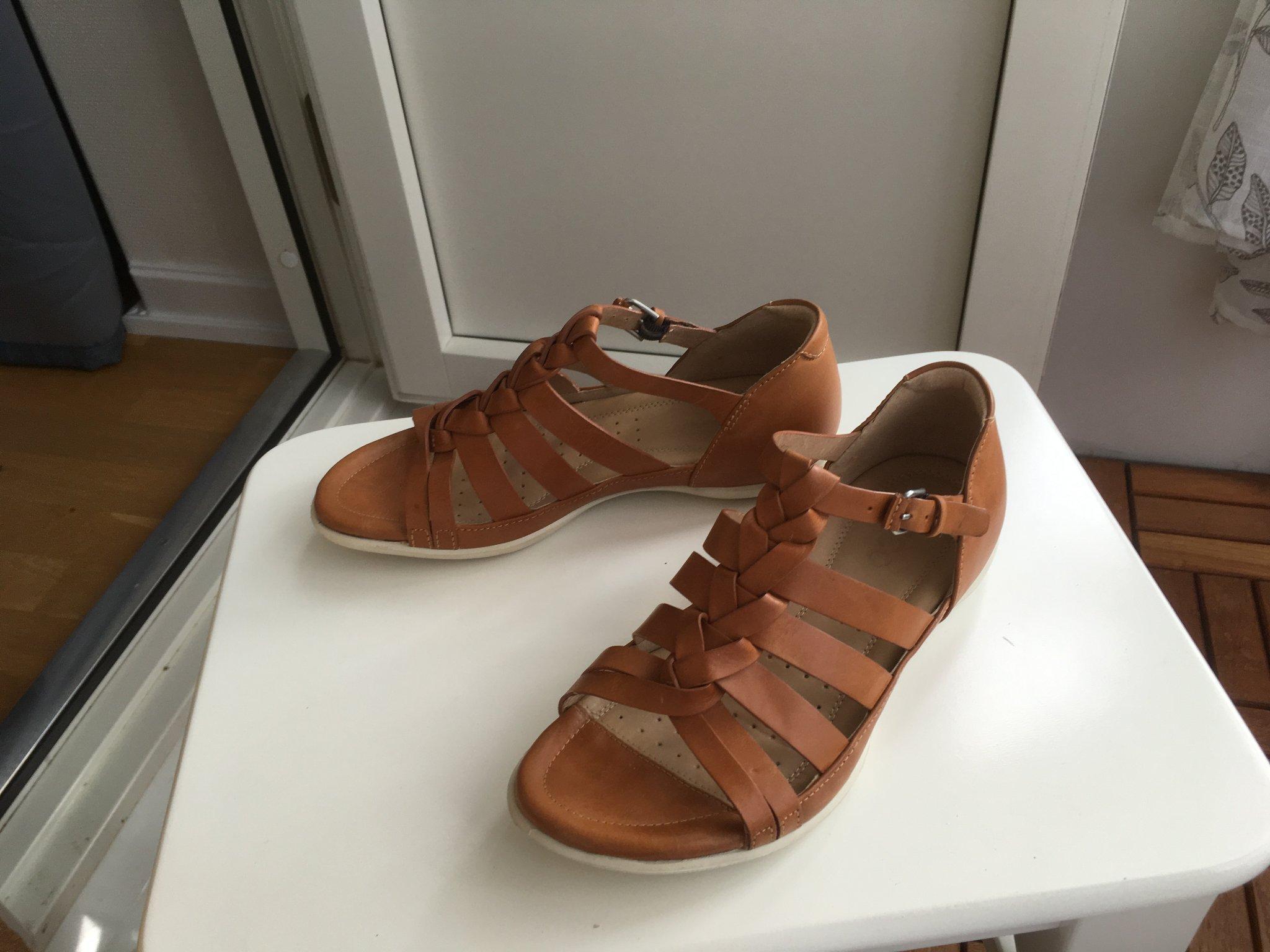 6c3e197a752 Ecco sandal i skinn, strl:36 (347254644) ᐈ Köp på Tradera