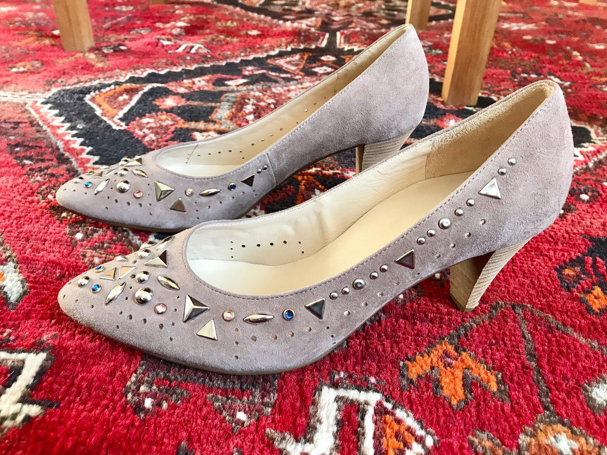 Högl pumps skor mocka nitar, 38, nya (349245084) ᐈ Köp på
