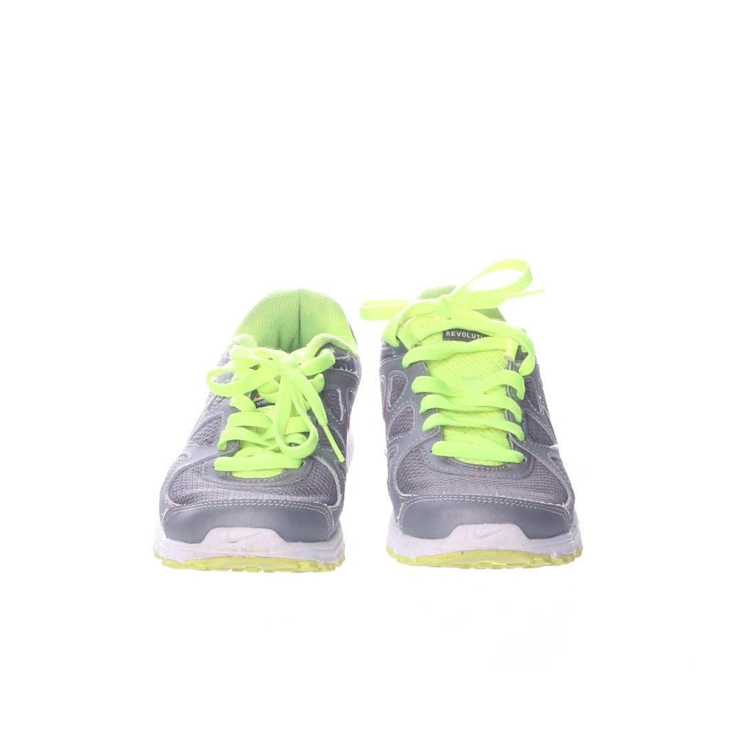 big sale 33a4e 40158 Nike, Träningsskor, Strl  36, Revolution, Grå Grön Rosa ...