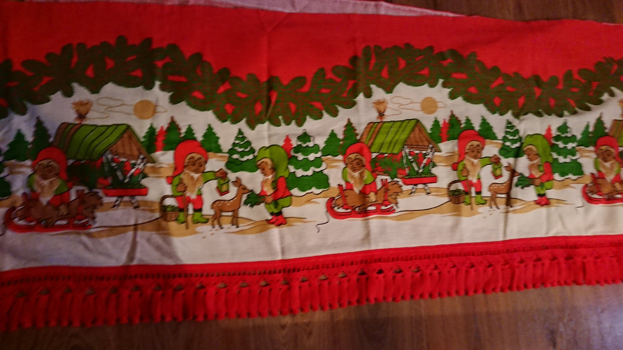 Jul julgardin gardin tomte tomtar retro 50 60 tal gardinkappa kappa jul textil