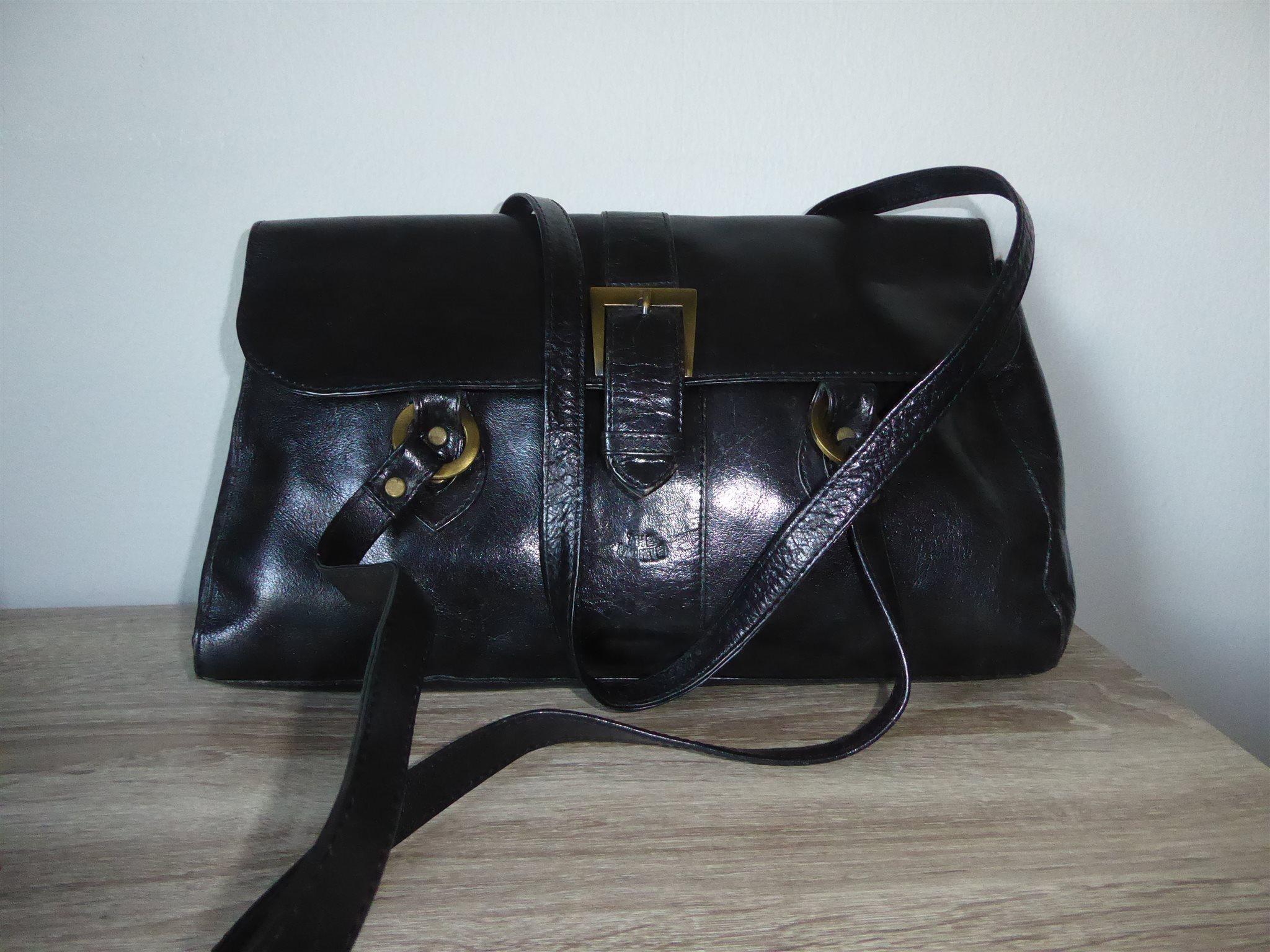 Snygg svart väska 7b636b2a1a428