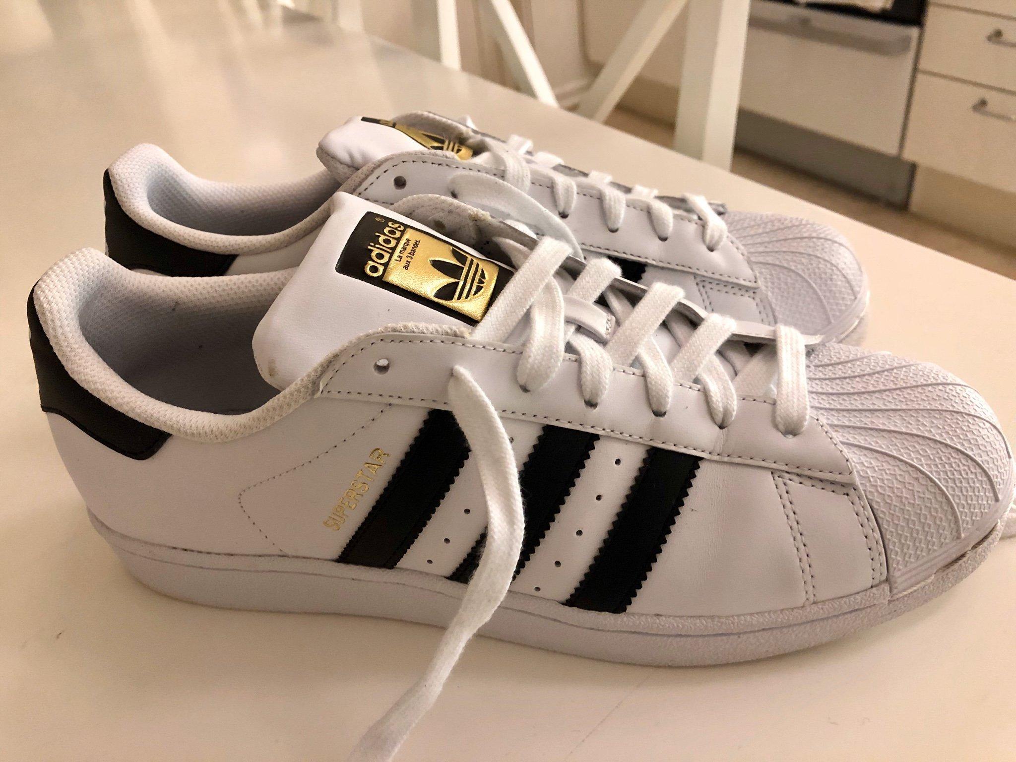 Adidas Superstar 42