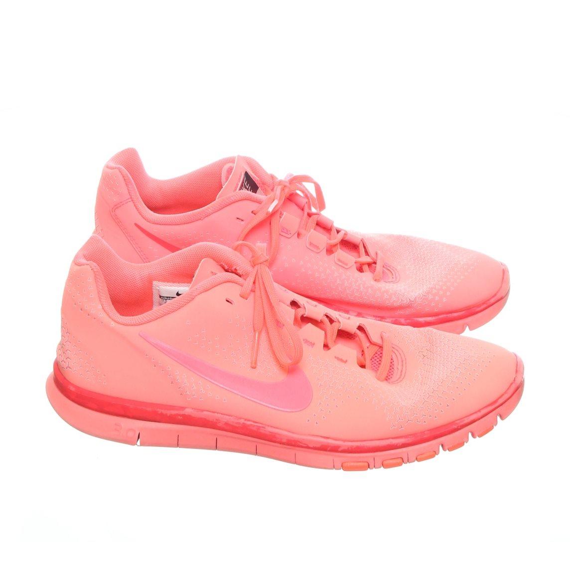 super popular 5f4e4 cd18e Nike Free, Träningsskor, Strl 39, Advantage 3.0 Hot Punch Red 2012,
