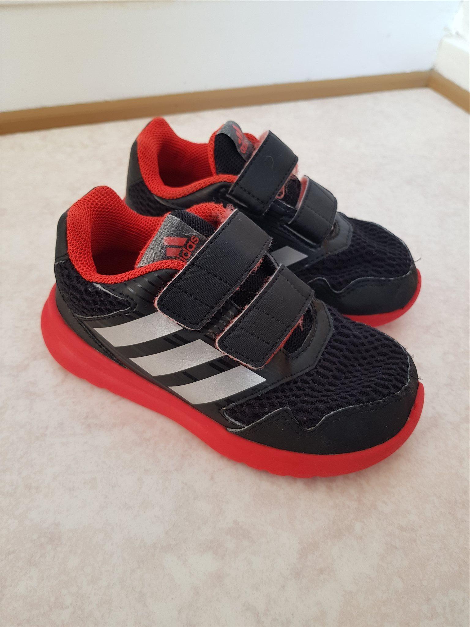 reputable site 1e08f 014e0 röda svarta sneakers strl skor amp  26 ADIDAS 320611297 HZAdwxH