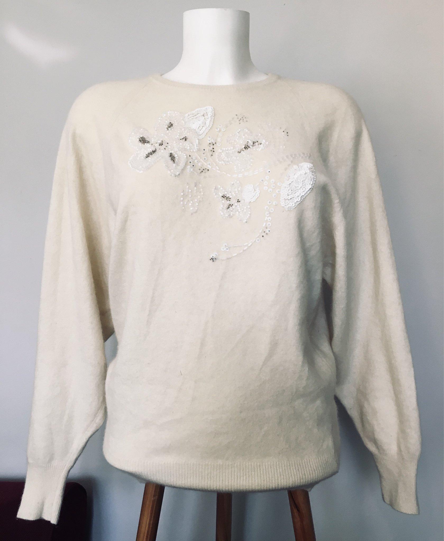 Vintage stickad vit ylle ull tröja jumper med pärlbroderi vinter italiensk pinup