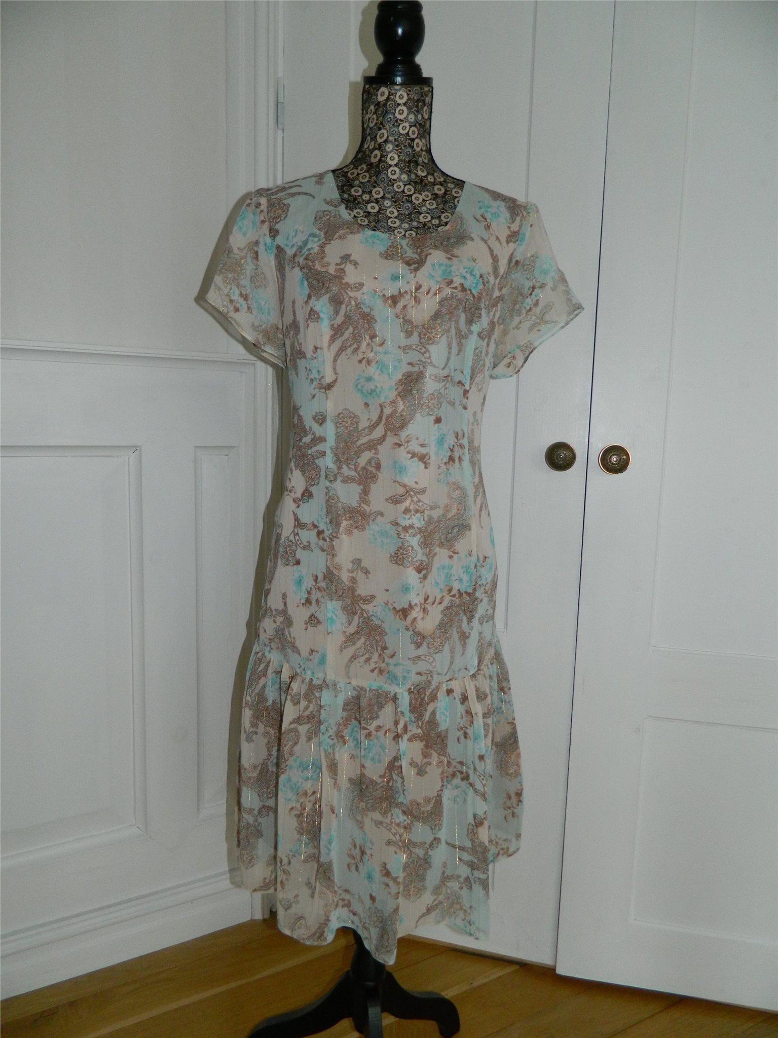 Underbar mönstrad vintage klänning från 60-tale.. (342779574) ᐈ Köp ... 9d6a1944afb7a