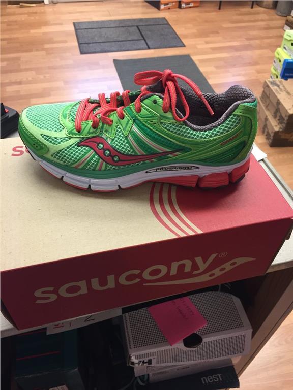 Saucony 36