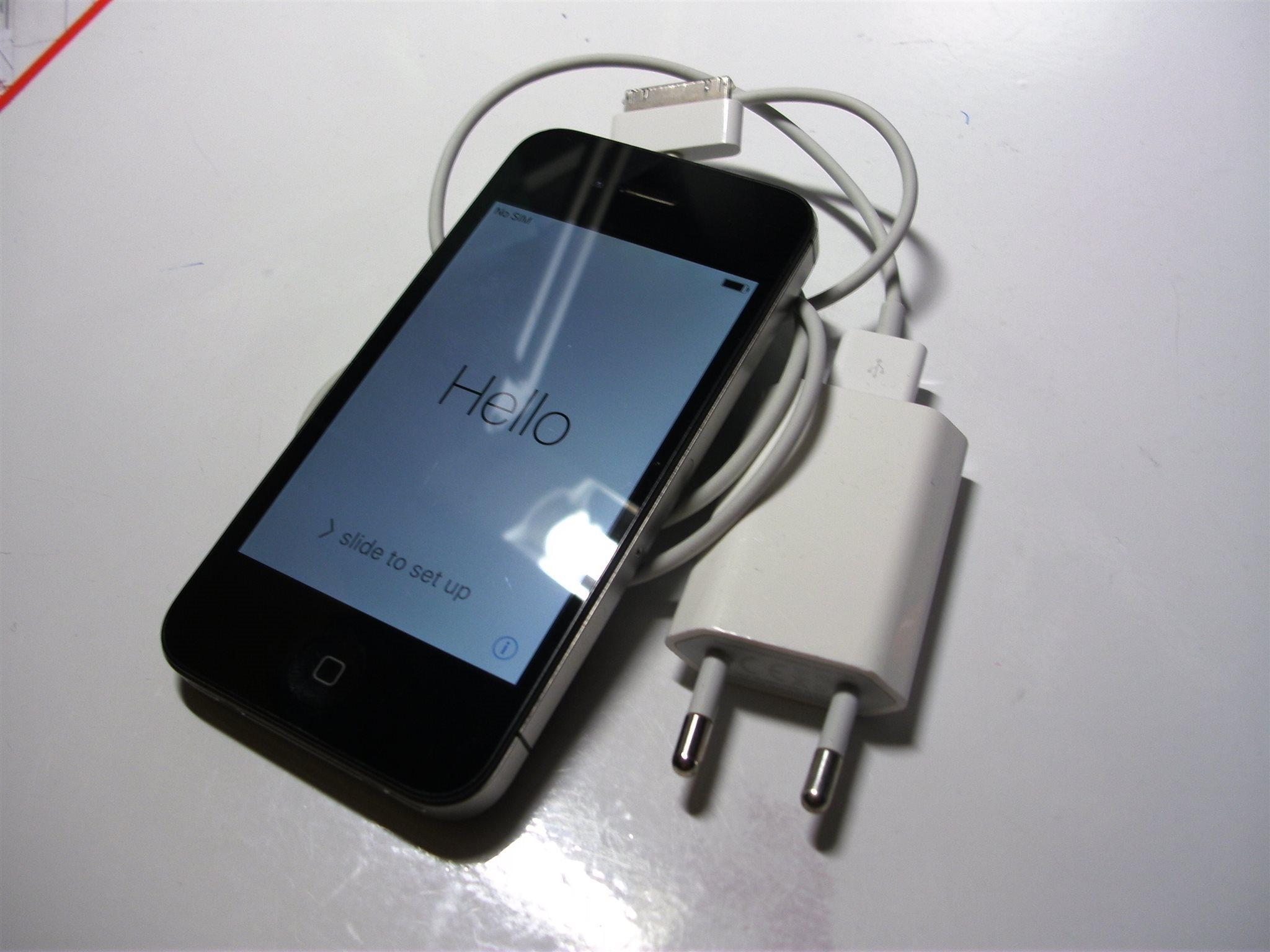 IPHONE 4S --DEFEKT PÅ MIKROFON-- (330258145) ᐈ Köp på Tradera 03e68c1265637