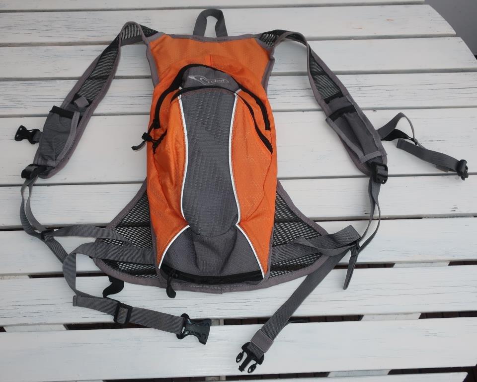 Ryggsäck för cykling löpning eller annan sport (412580787